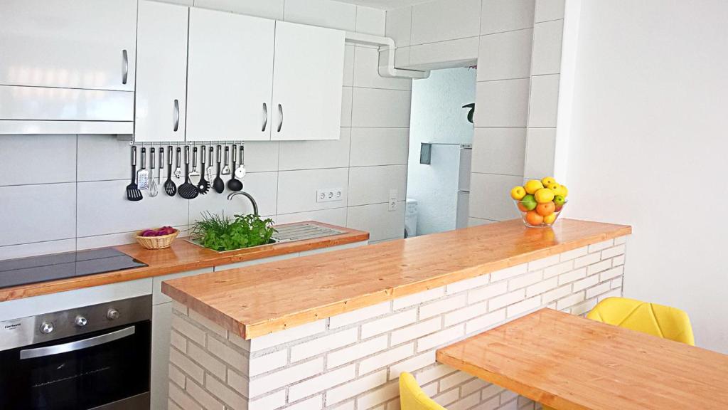 Strange Apartamento Leman Salou Spain Booking Com Pdpeps Interior Chair Design Pdpepsorg