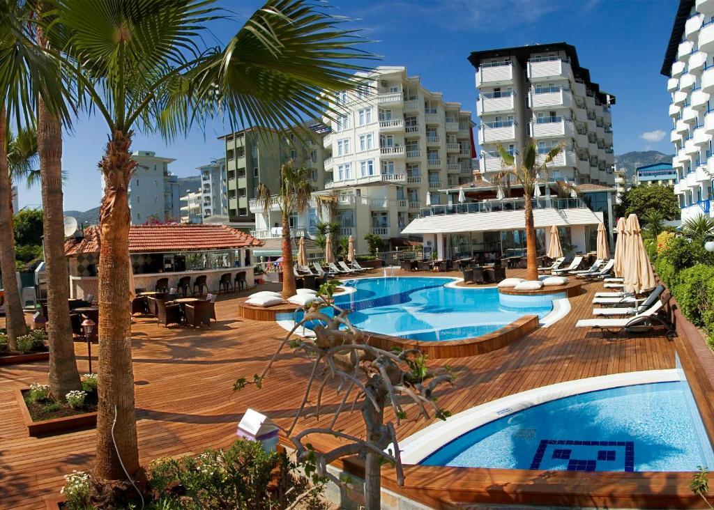 Вид на бассейн в Savk Hotel или окрестностях