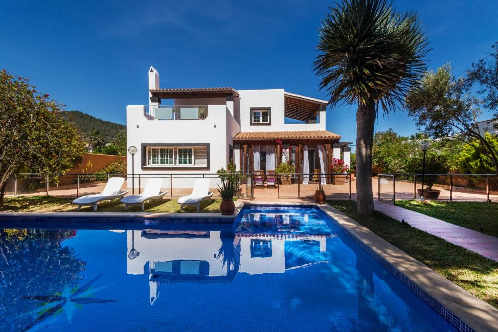 Villa Falco Ibiza, Sant Jordi, Spain - Booking.com