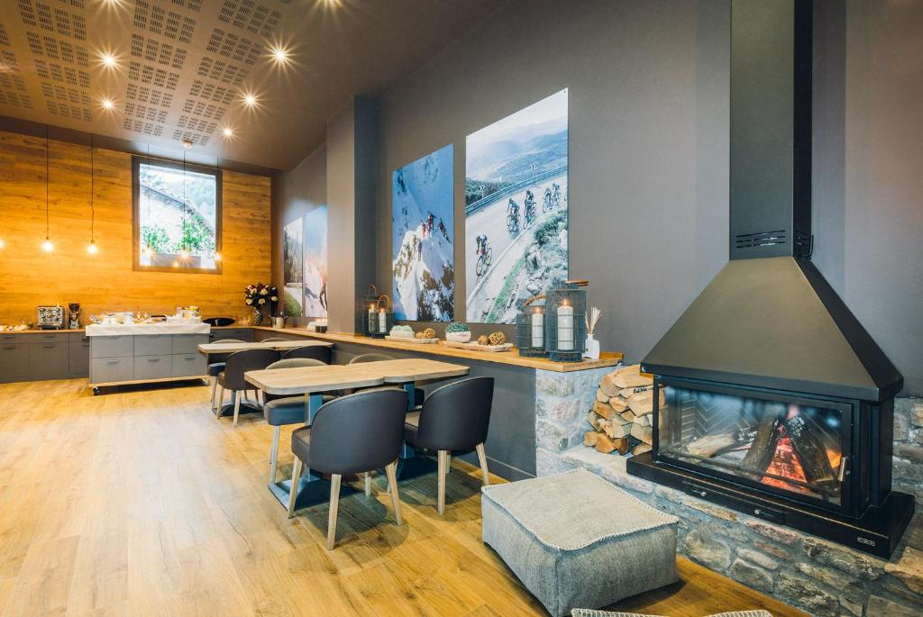 boutique hotels in lleida  230