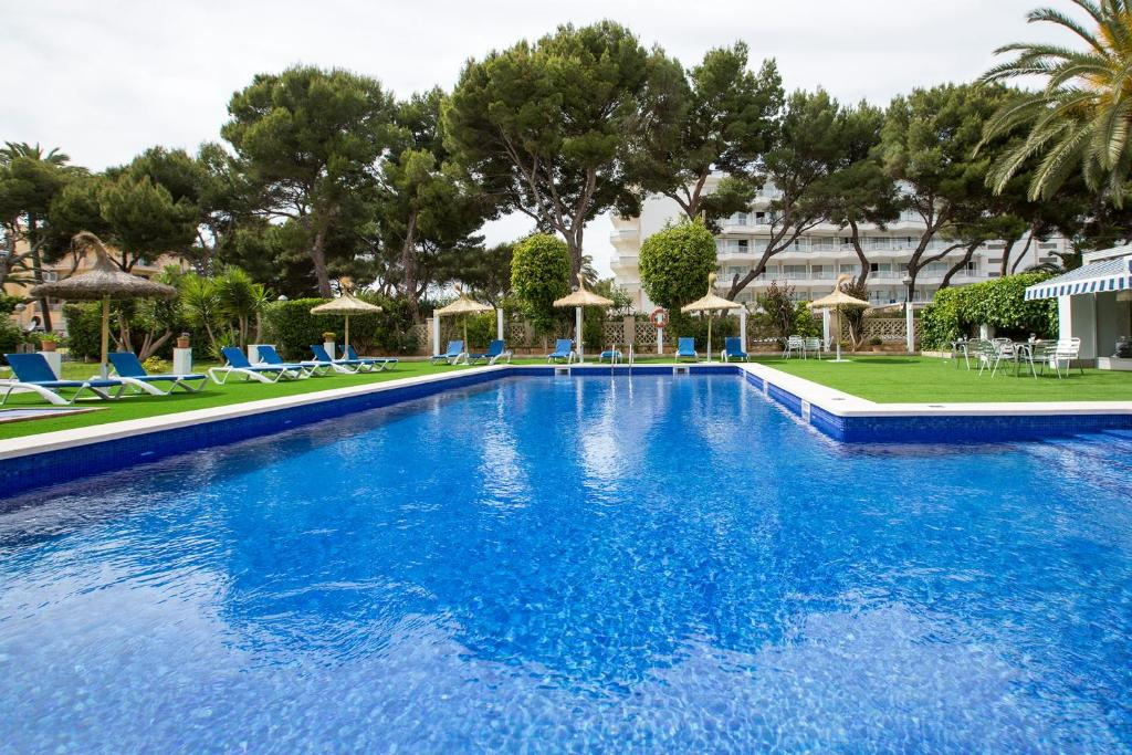 The swimming pool at or near Hotel Foners - Adults Only