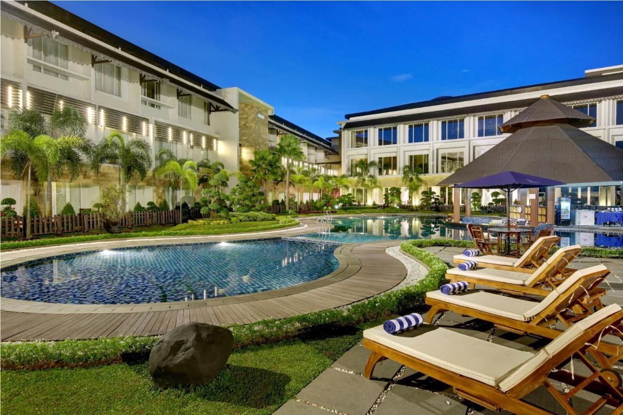 Отель Отель Swiss-Belhotel Borneo Banjarmasin