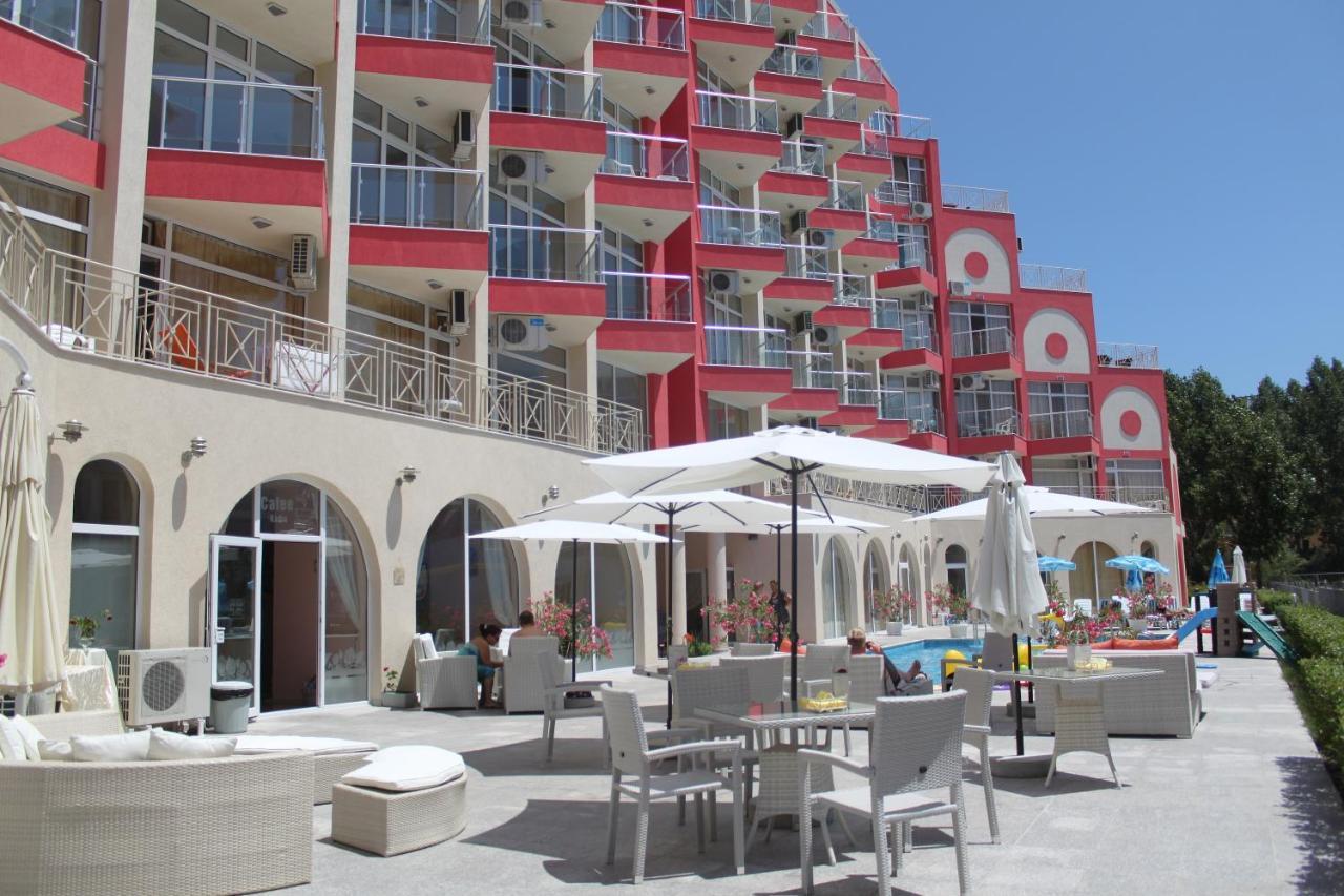 Апарт-отель  Rose Garden Omax Hotel Apartments
