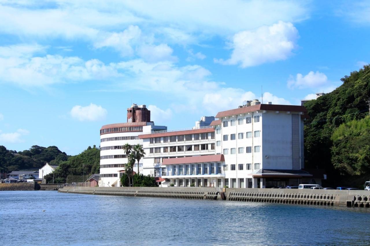 記念日におすすめのホテル・平戸海上ホテルの写真1