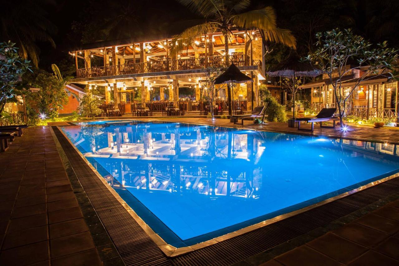 Отель  Villa Pinnawala & Restaurant