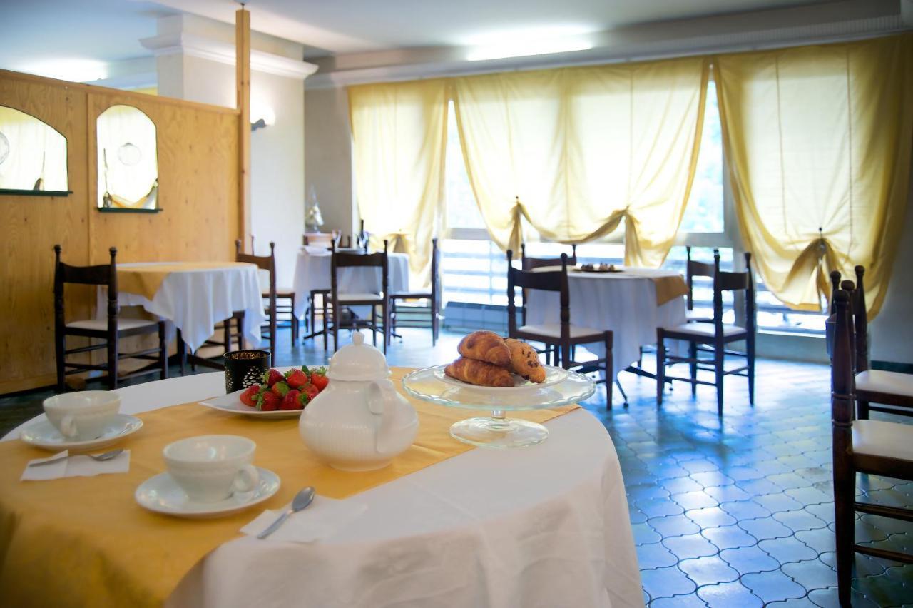Olmo Materassi.Hotel Dell Olmo Ormea Italy Booking Com