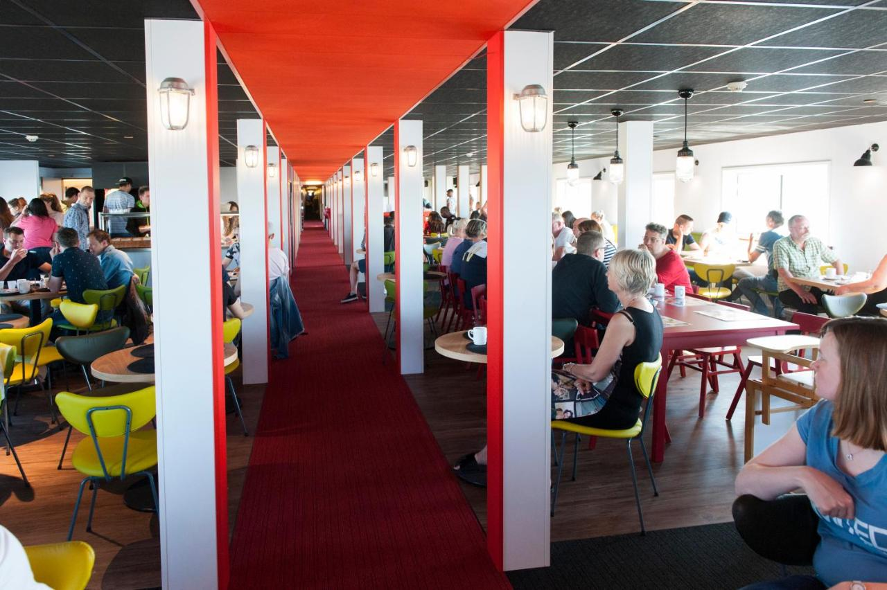 Cafeteria in Botel in Amsterdam