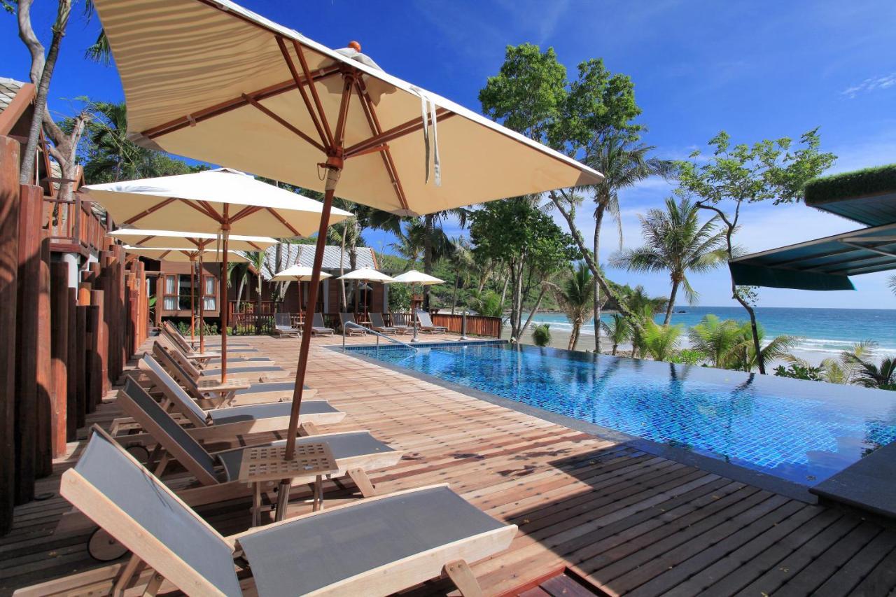 อ่าวพร้าวรีสอร์ท (Ao Prao Resort)