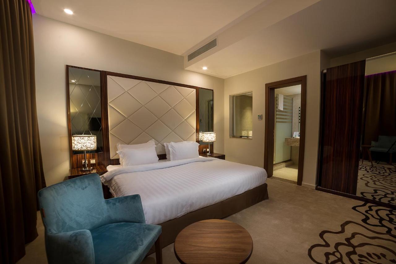 Отель  Golden Garden AlMadhina Hotel