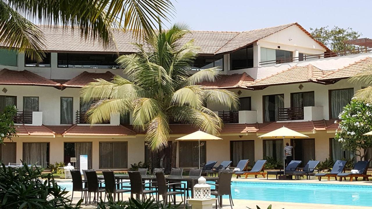 Курортный отель  Tropicana Resort & Spa Alibaug