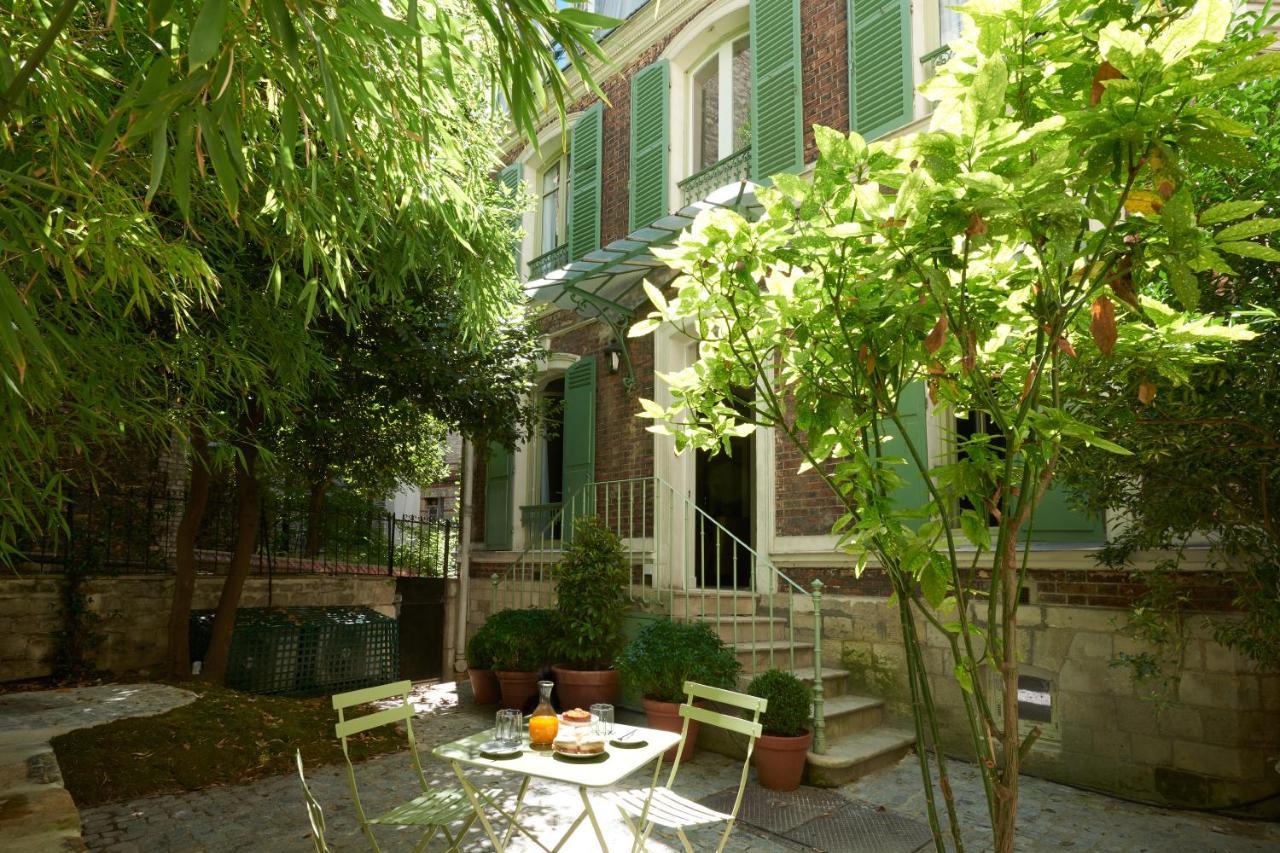 Maison Du Puzzle Paris hotel maison lepic montmartre, paris, france - booking