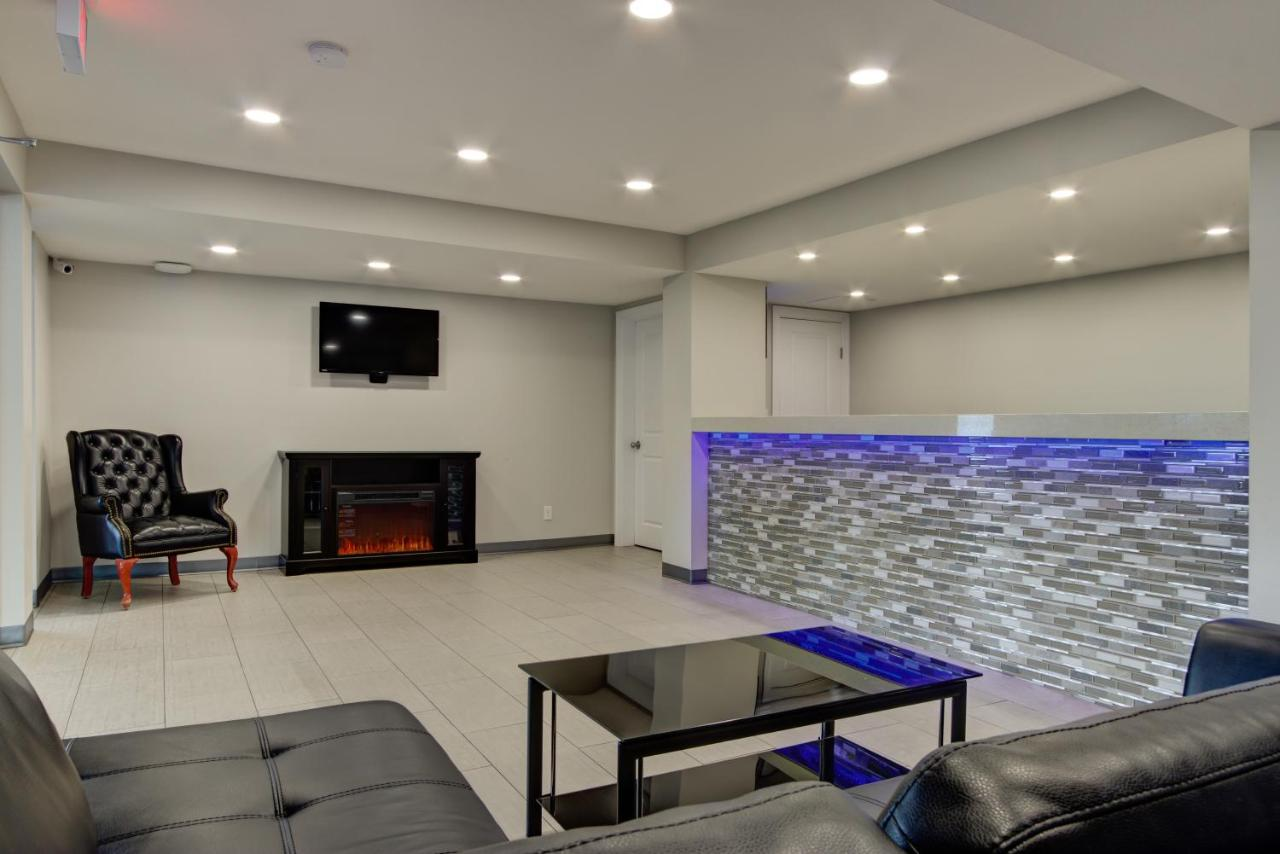 Miraculous Knights Inn Kamloops Canada Booking Com Uwap Interior Chair Design Uwaporg
