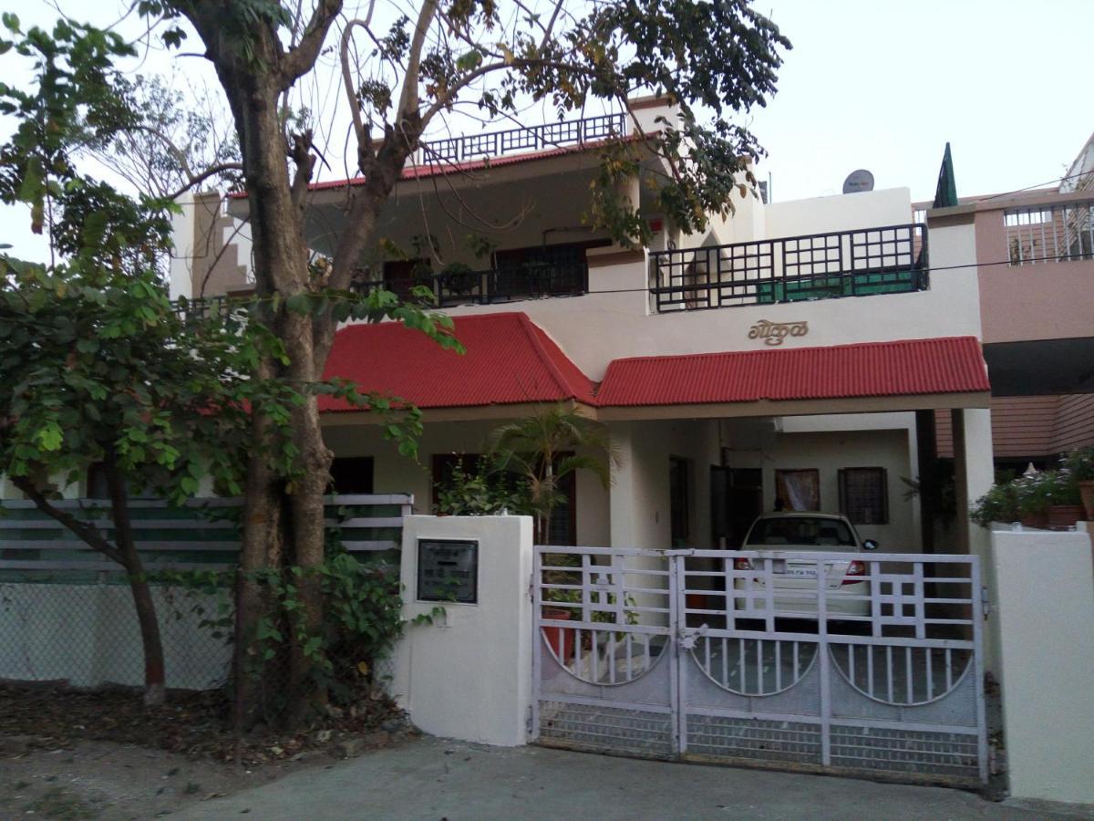 Отель типа «постель и завтрак»  Gokul Home Stay Indore