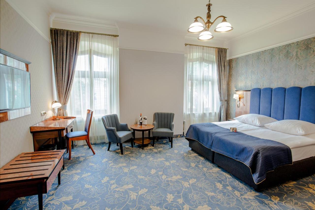 Отель  Hotel Diament Plaza Gliwice