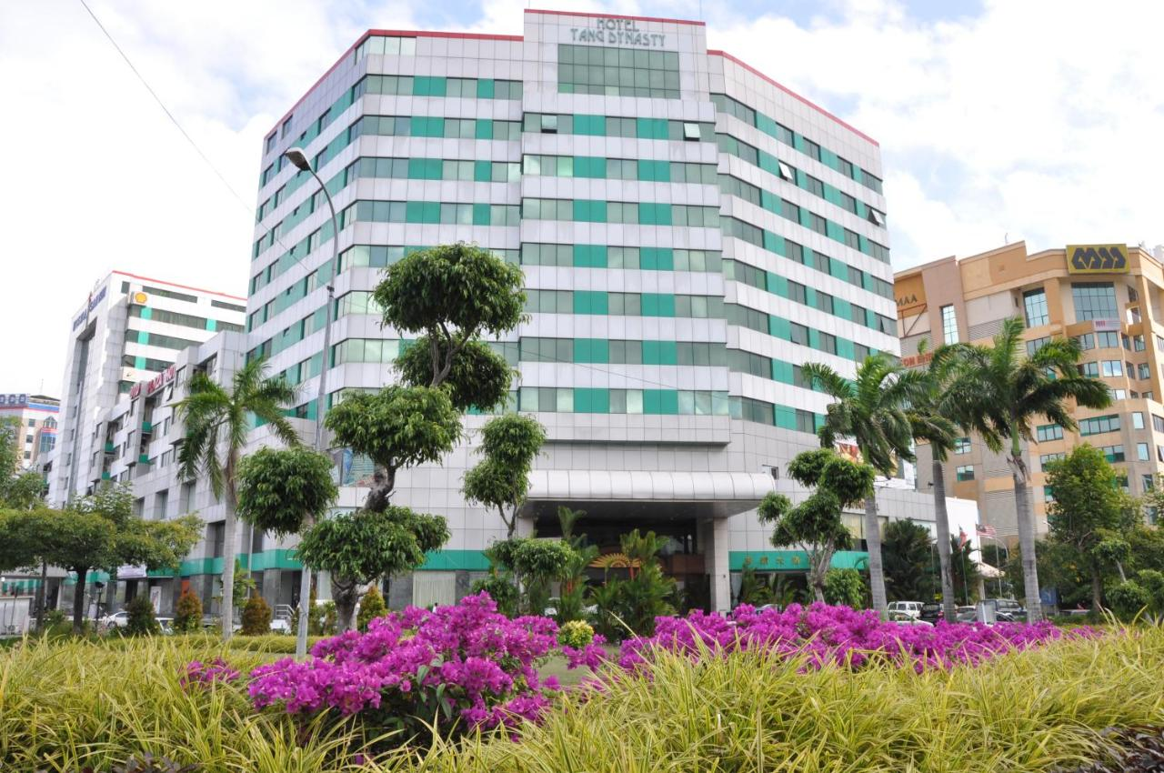 Отель  Tang Dynasty Hotel