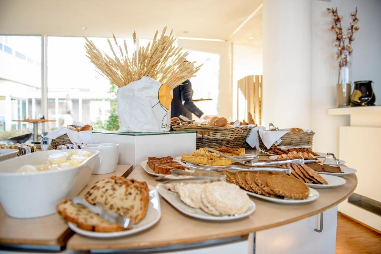 Hotel De Baak Seaside Noordwijk Aan Zee Netherlands Booking Com