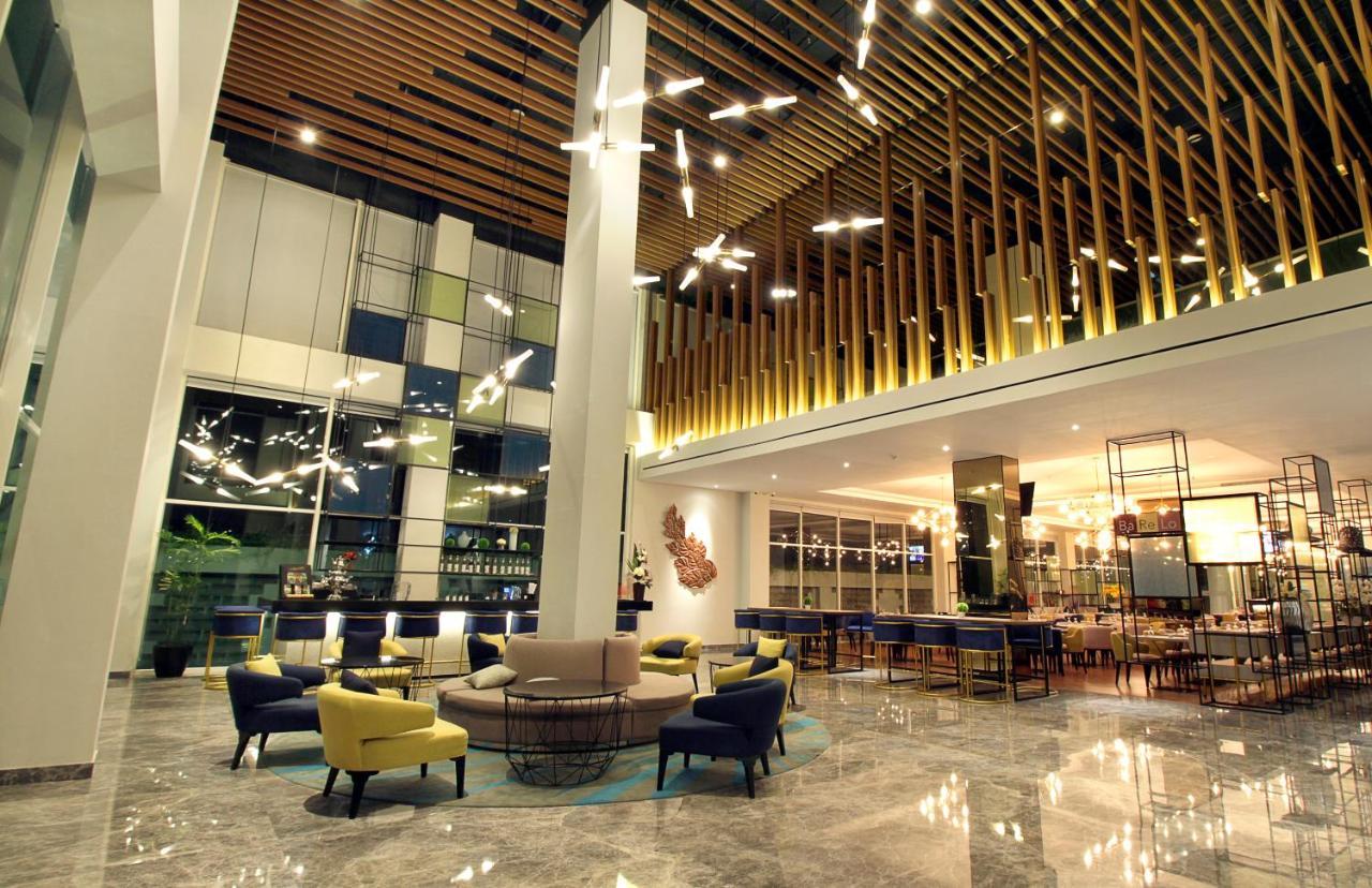 Отель  Swiss-Belinn Airport Surabaya
