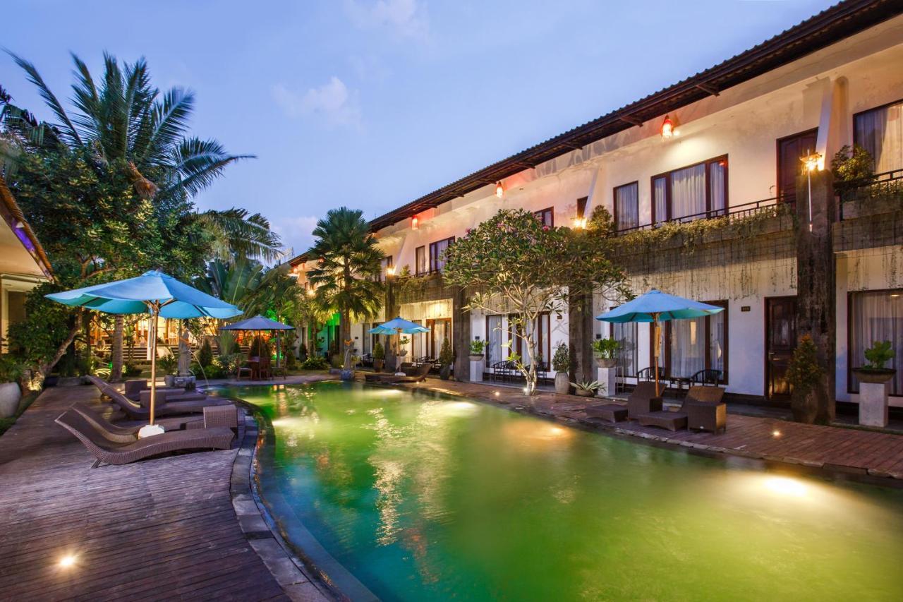 Отель  Ubud Raya Hotel