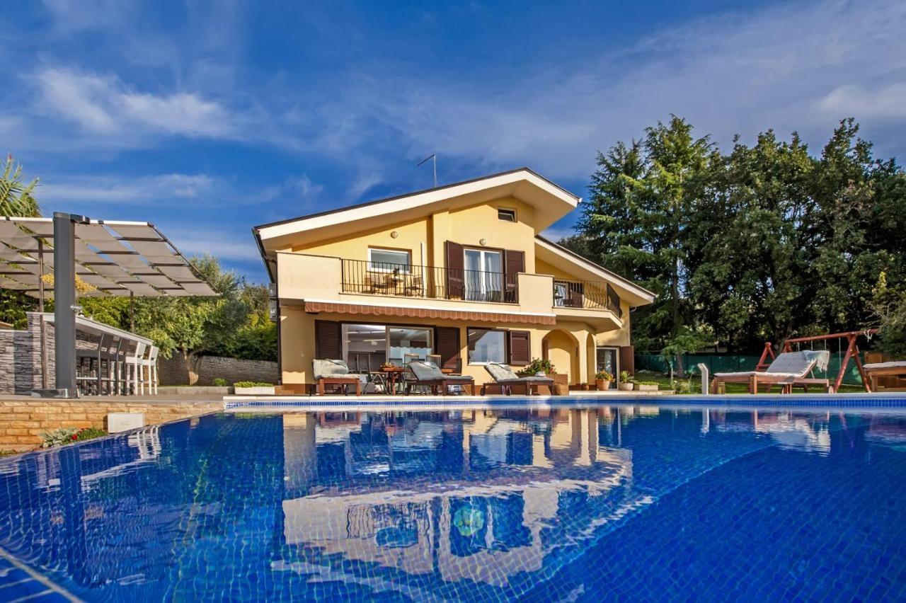 Вилла  Villa Oliva