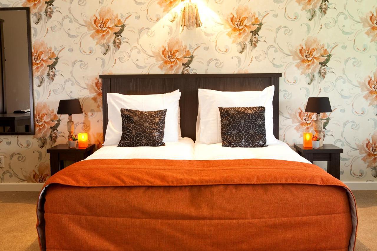 Hotels In Biezenmortel Noord-brabant