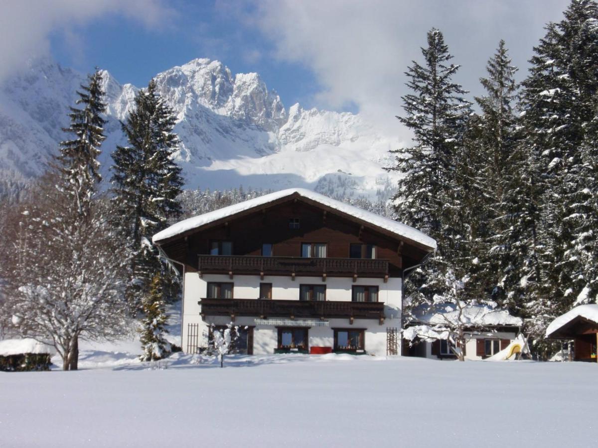 Hotel Ellmau, TIROL LODGE direkt an der Piste, Wilder Kaiser