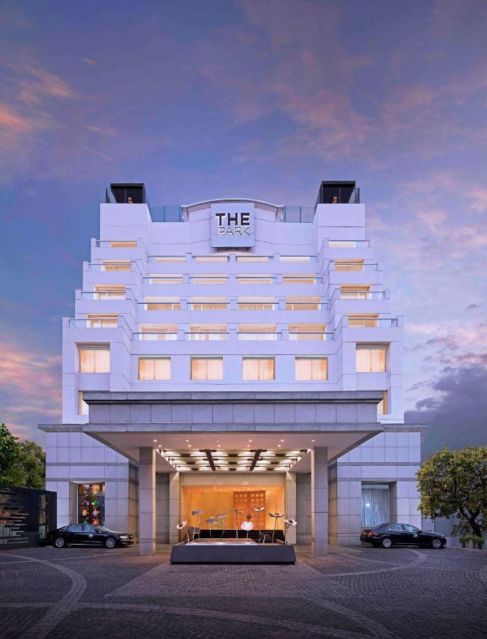 Отель  The Park Chennai