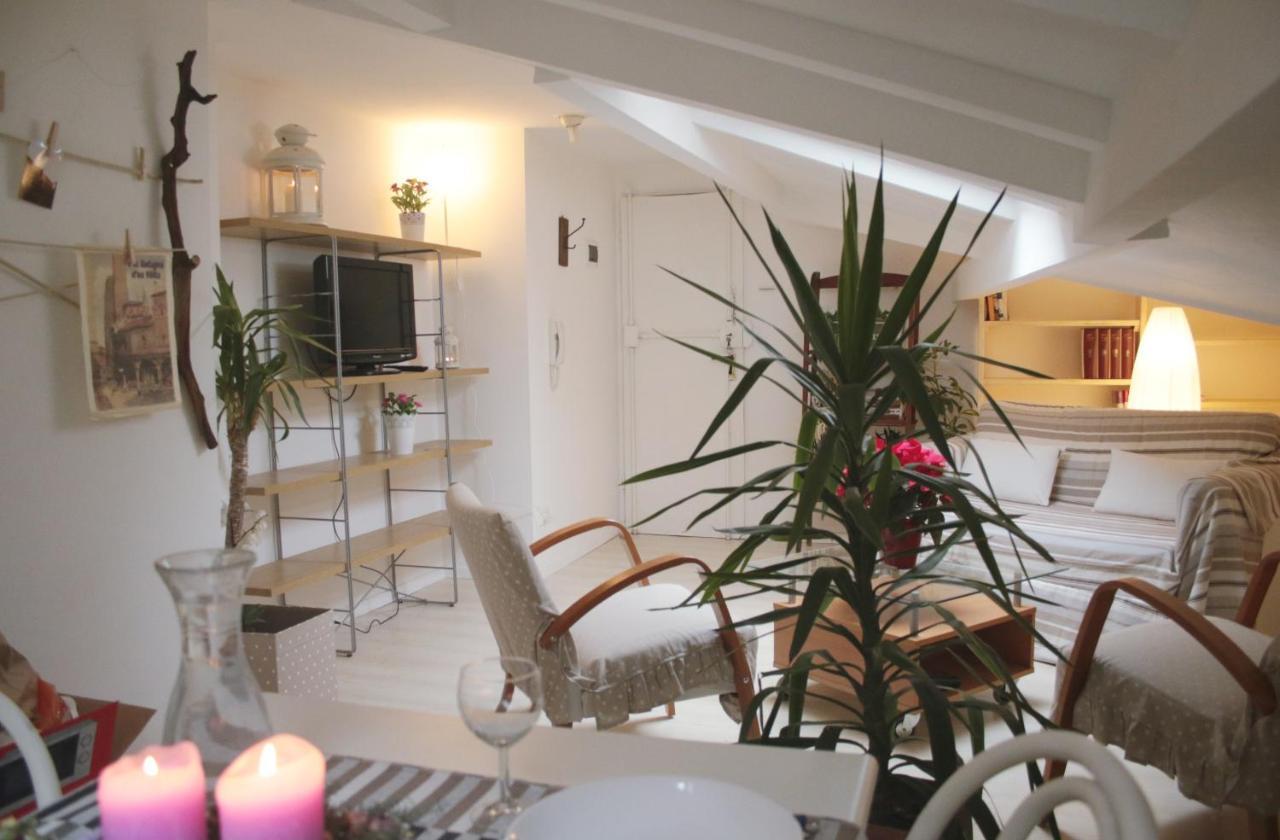 Camera Da Letto In Prospettiva Centrale apartment mansarda la bolognesa, rifugio, bologna, italy