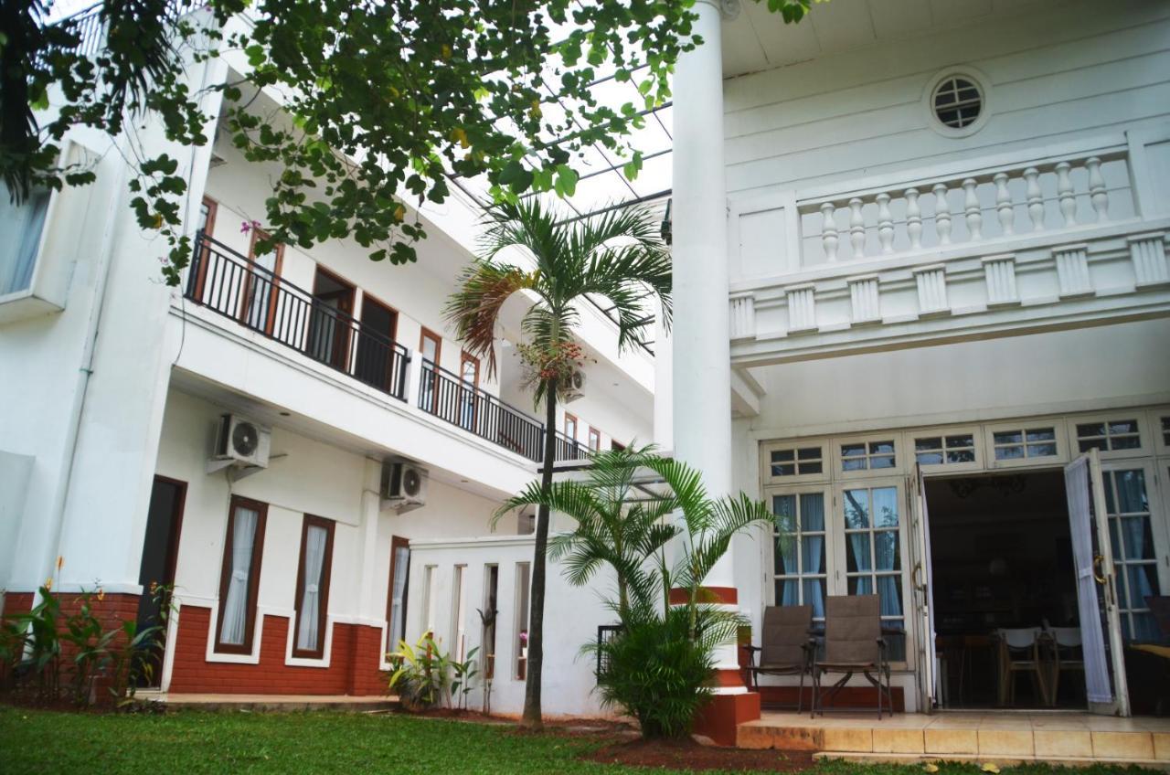 Razha Syariah Guest House Cibubur Harga 2020 Terbaru