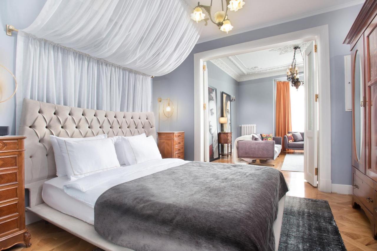 Отель  Walton Hotels Taksim Pera