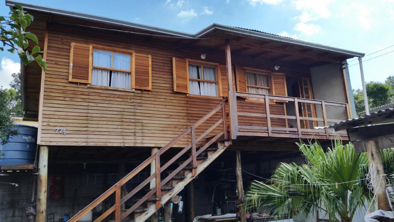 Дом для отпуска  Casa De Madeira Em Caxias Do Sul