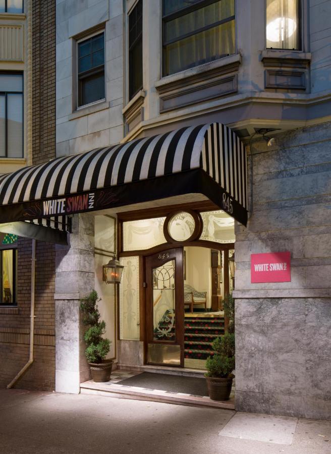 Отель  Отель  White Swan Inn