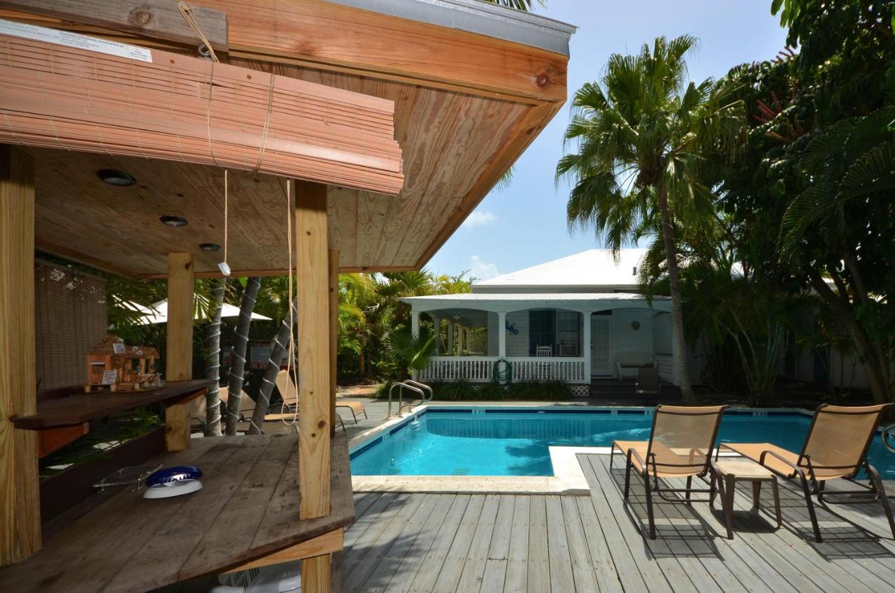 Maison Avec Patio Central vacation home papa's hideaway, key west, fl - booking