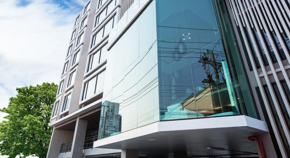 Отель  B2 Bangna Premier Hotel