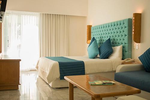 Sunset Marina Yacht Club All Inclusive Cancun Updated