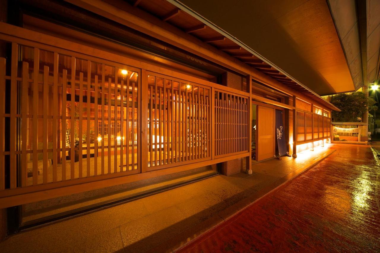記念日におすすめのホテル・石花海の写真1
