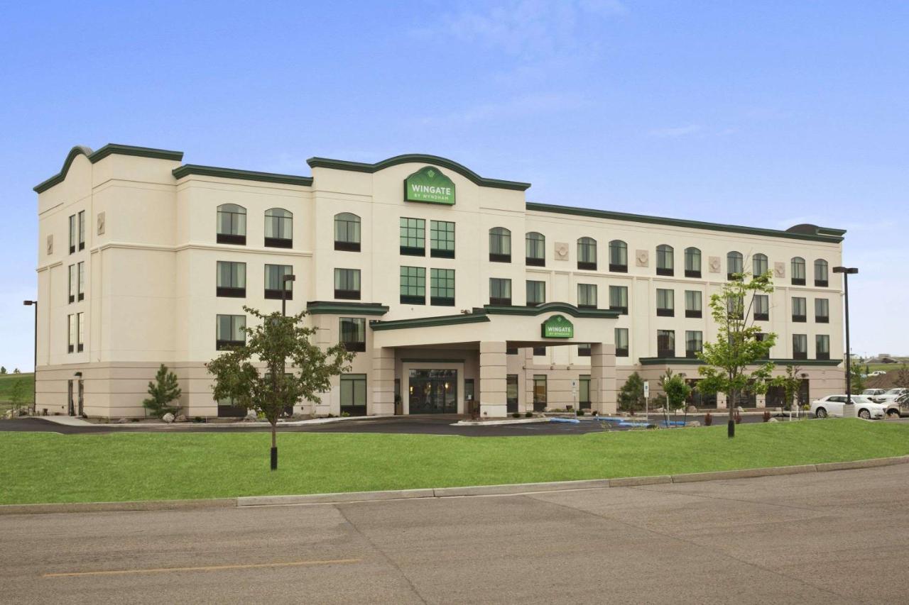 Отель  Отель  Wingate By Wyndham - Bismarck