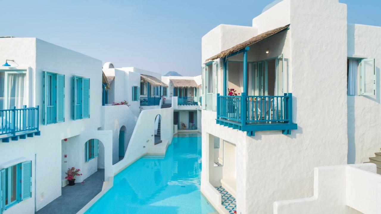 Курортный отель  Resort De Paskani