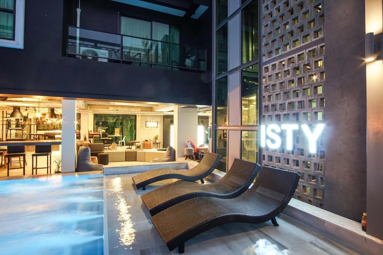 Отель  ISTY Hotel
