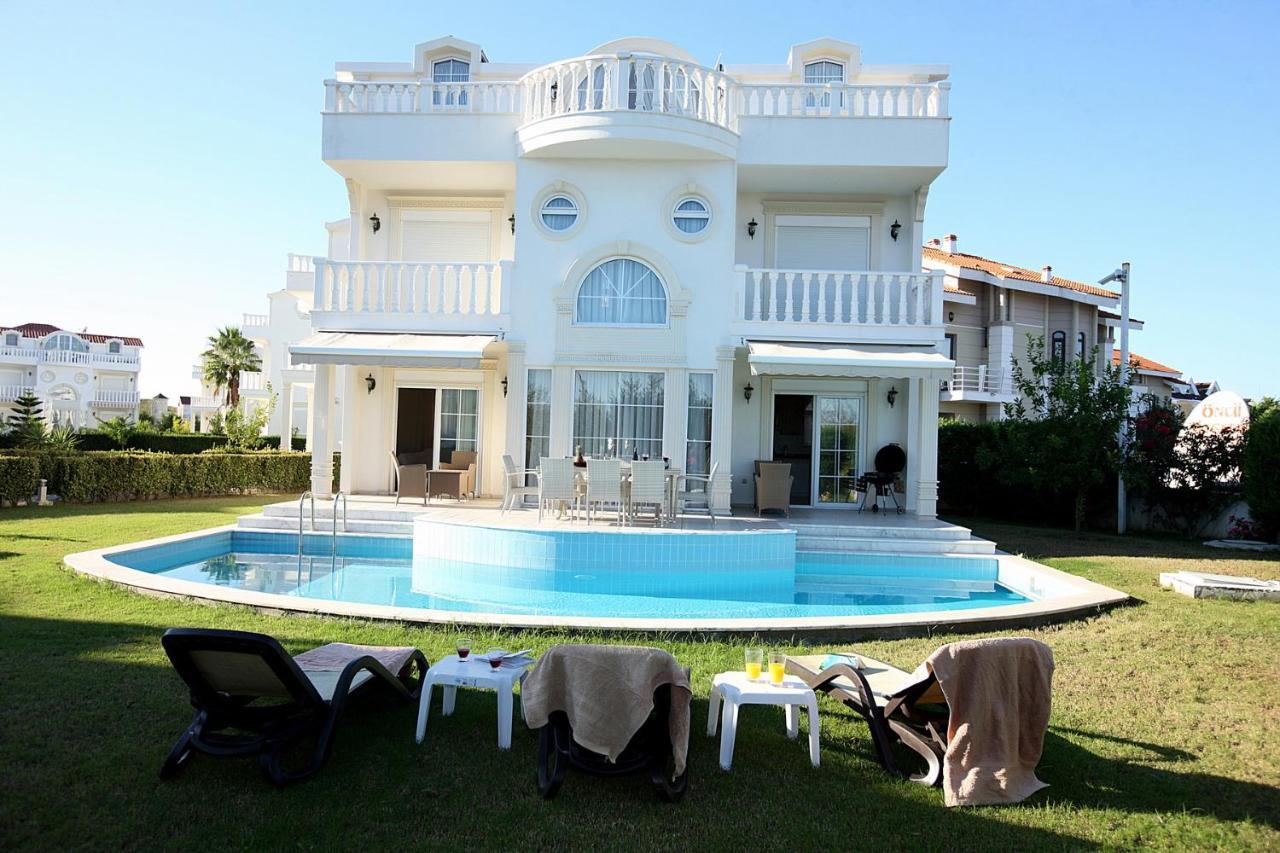 Вилла  Helios Residence
