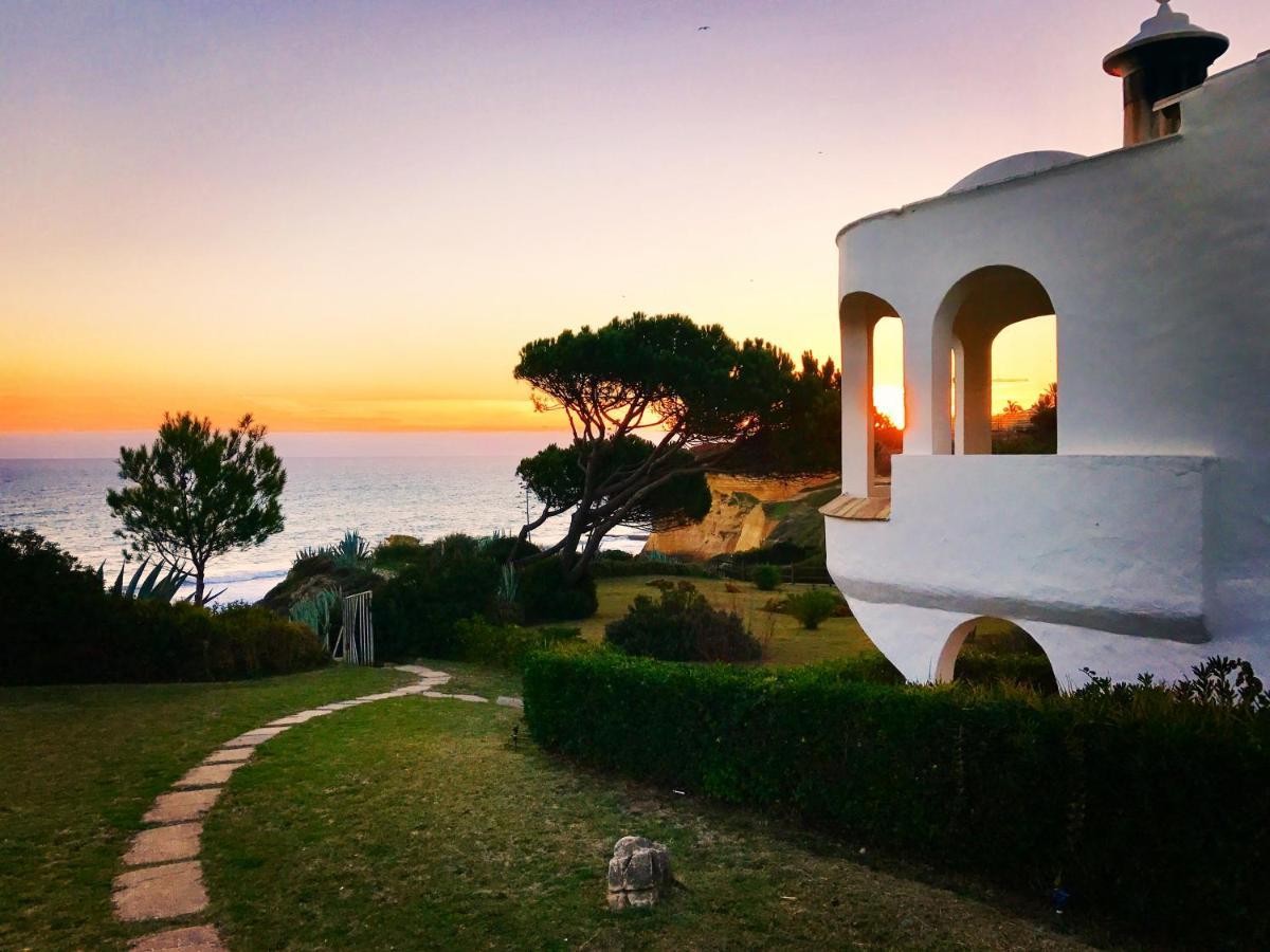 Дом для отпуска  E&M Beach House Aldeamento Do Levante I