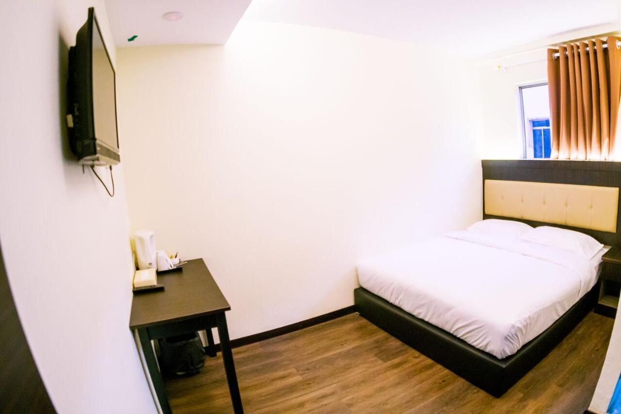 هتل Hotel Zuhra