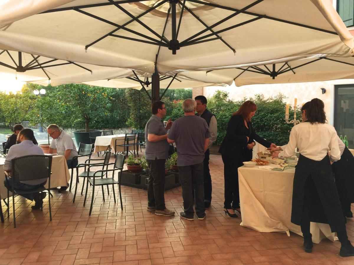 Farm Stay Casa San Marco Castelnuovo Del Garda Italy