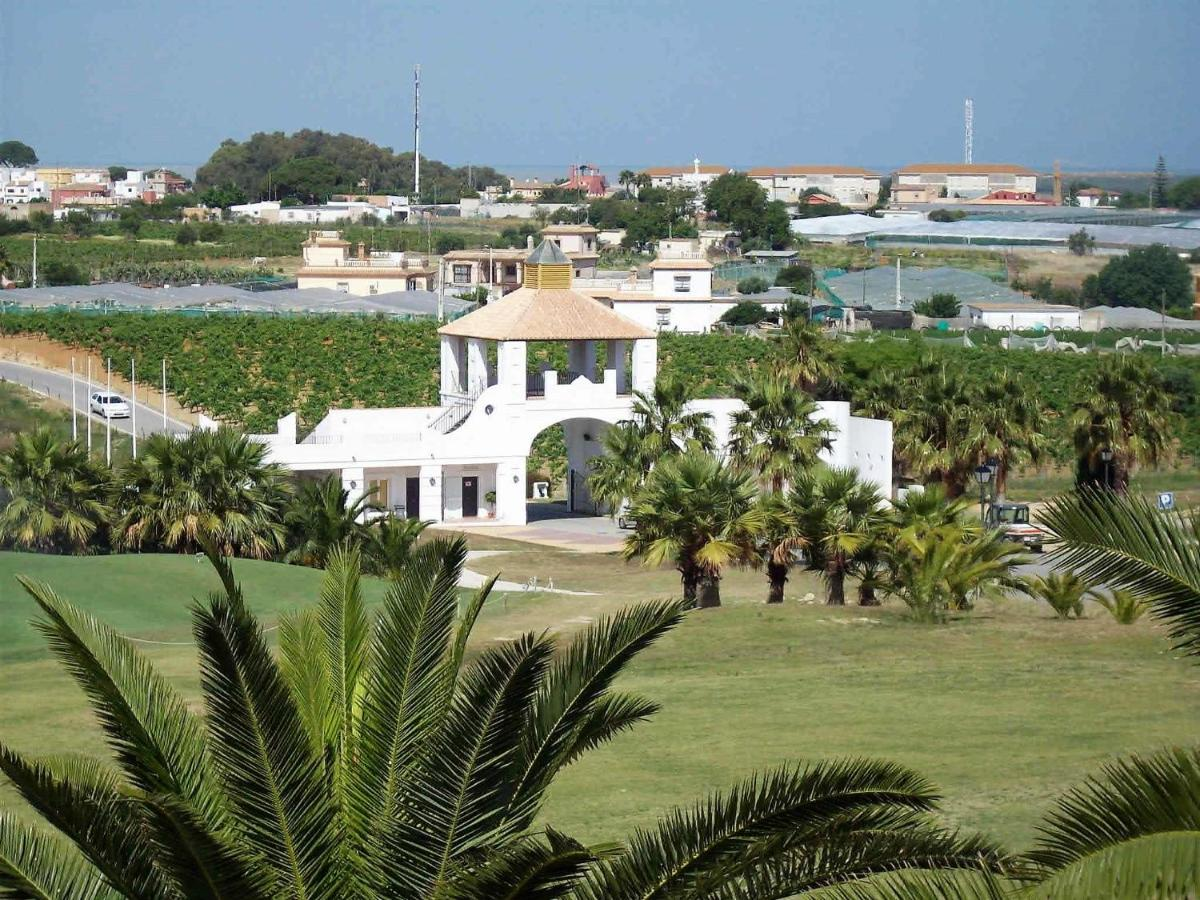 Apartment Cadiz Golf, Sanlúcar de Barrameda, Spain - Booking.com