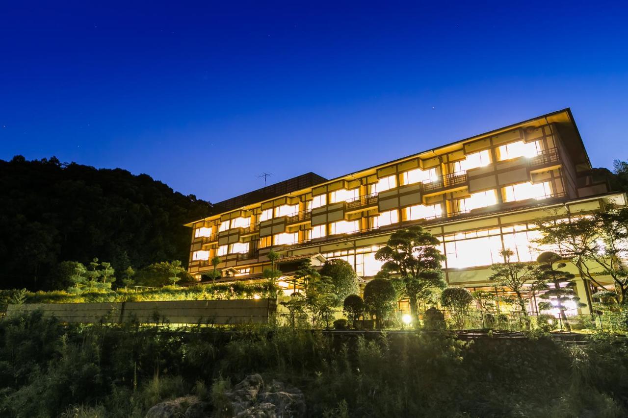 記念日におすすめのホテル・一の俣温泉観光ホテルの写真1