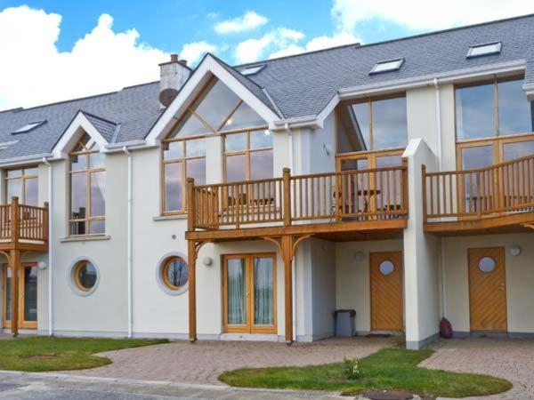 Vacation Home At Water Edge, Roscommon, Ireland