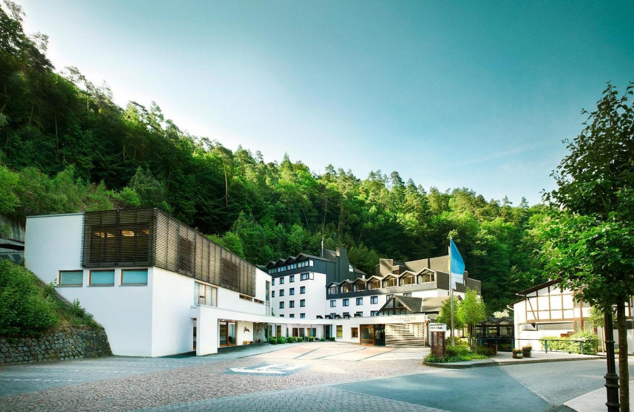Отель  Hotel Zugbrücke Grenzau