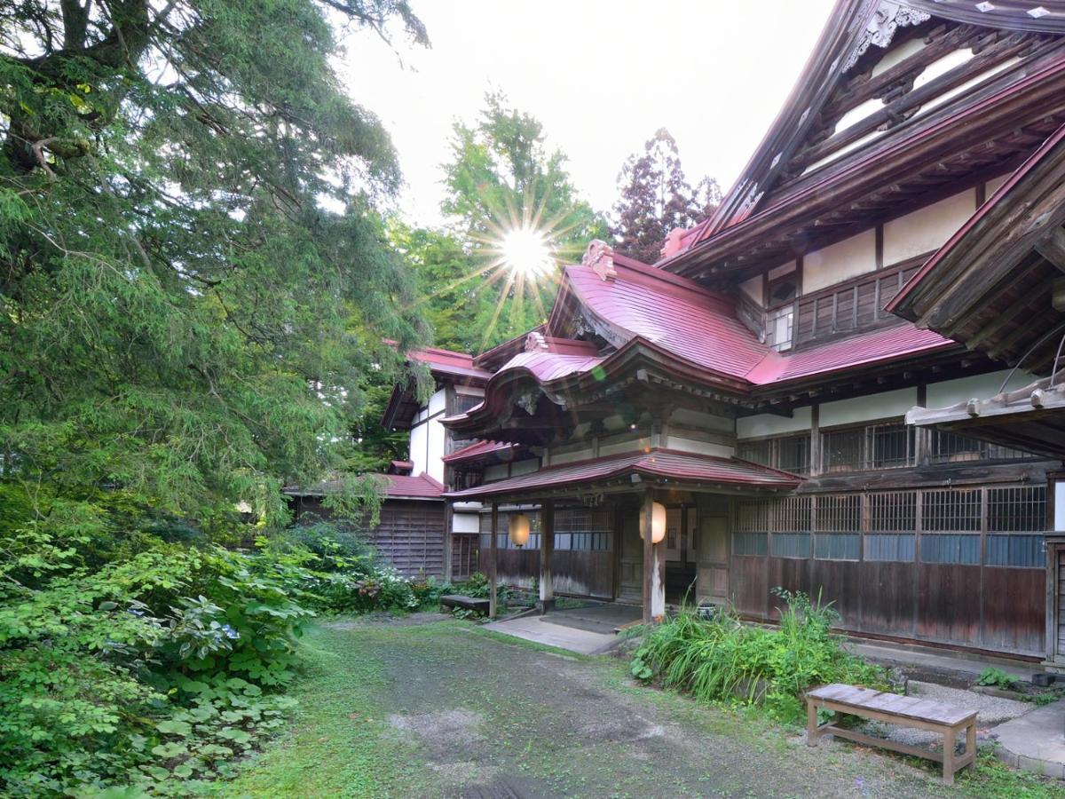 記念日におすすめのホテル・強首温泉 樅峰苑の写真1