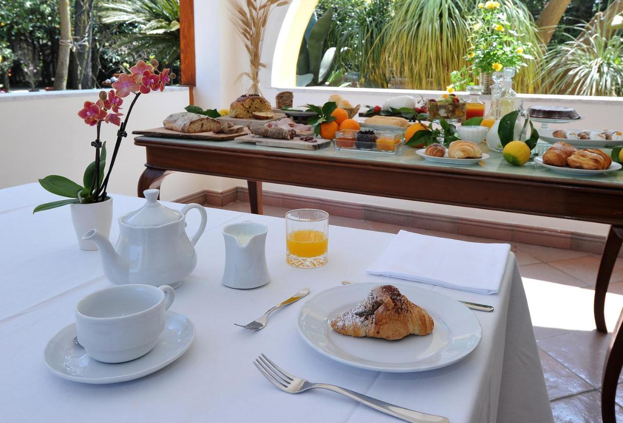La Gaggia Guest House Piano Di Sorrento Italy Booking Com