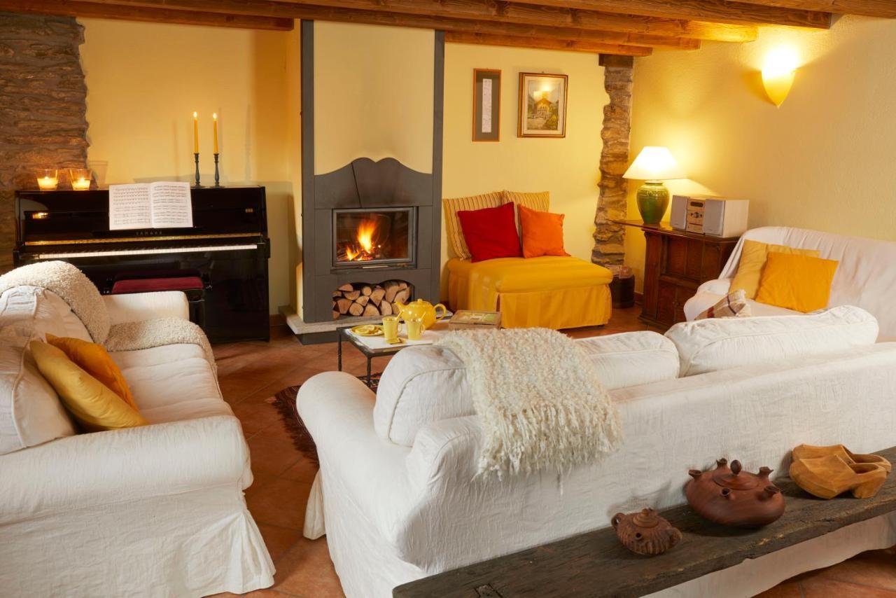 Vacation Home Casa Intera Vacanze Tranquille Ozein Italy