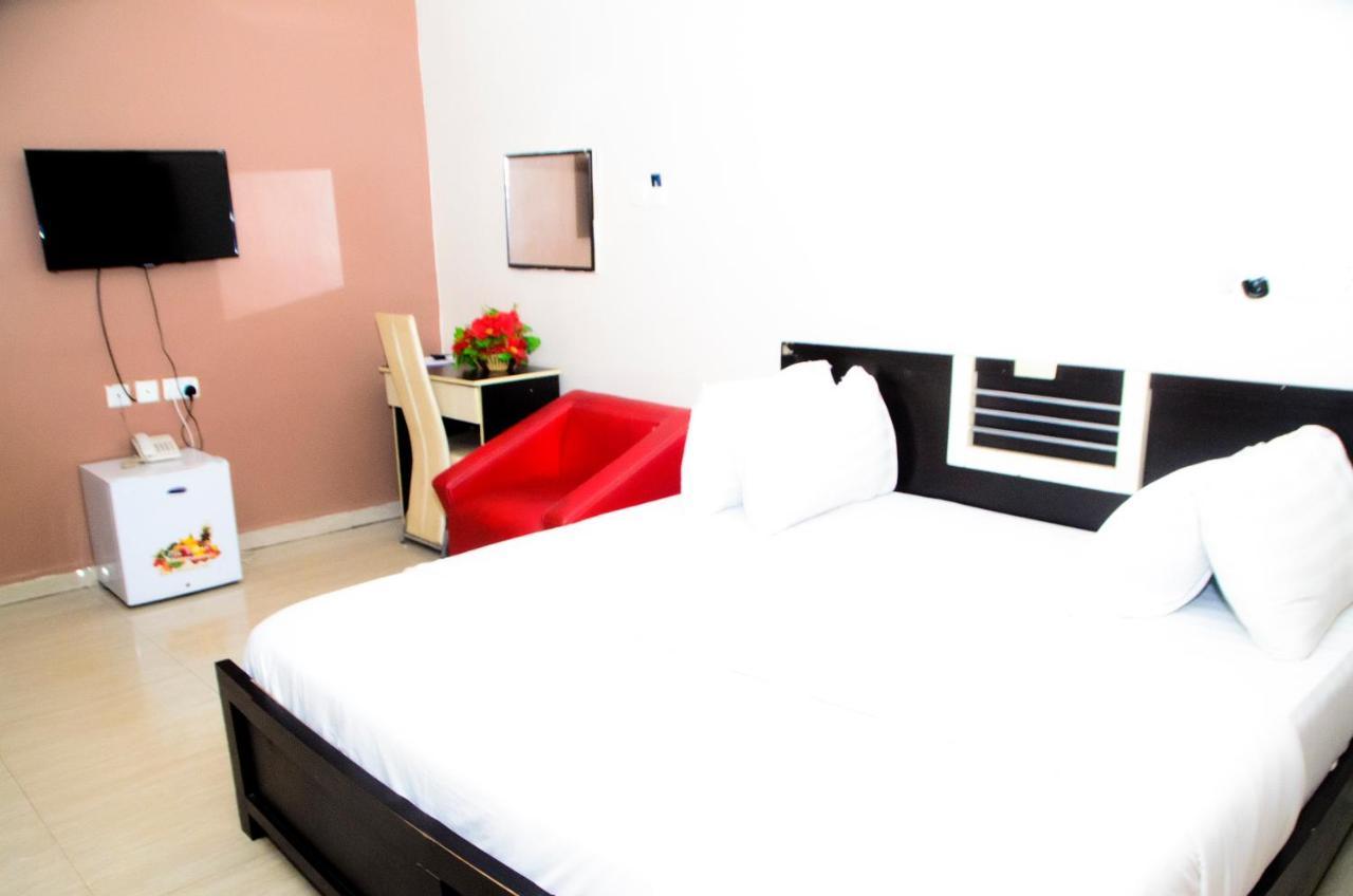 هتل Prescott Hotel Asaba